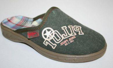 Chlapecké pantofle BEFADO 707X240 s nápisem PILOT, zelené