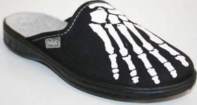 Chlapecké pantofle BEFADO 707Y332 motiv kostra ruka, Čierne