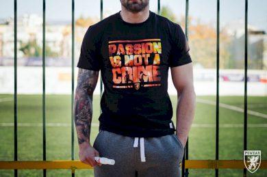 Triko PGwear Passion Is Not a Crime - černé, XL