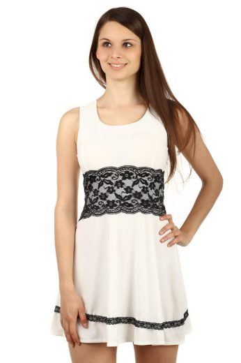 Glara Jednobarevné šaty s krajkou na léto 51298