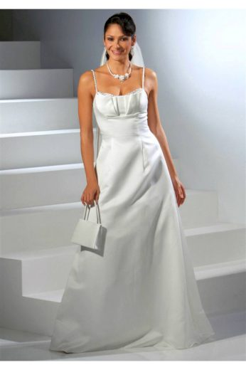 Dlouhé svatební šaty na ramínka, svatební šaty levně, Laura Scott Wedding