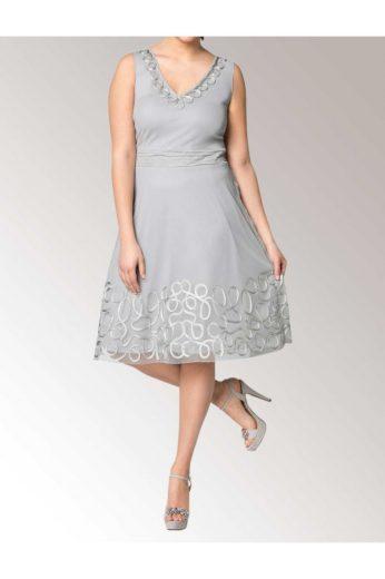 Šaty SHEEGO, šedé dámské šaty s výšivkou pro plnoštíhlé