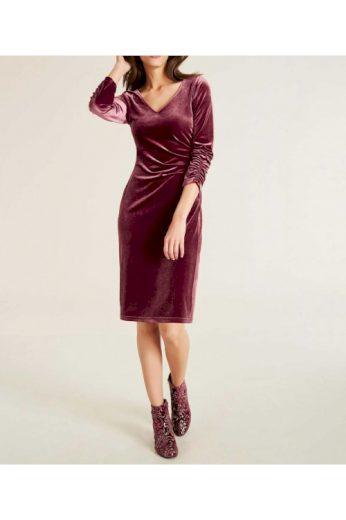 Vínové sametové šaty, Patrizia Dini