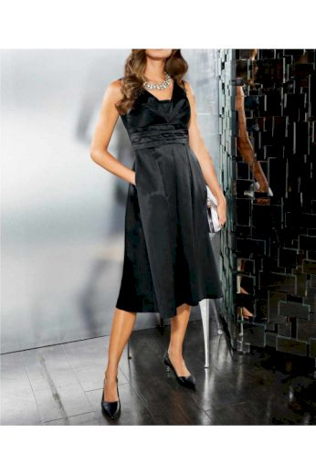 Saténové malé černé šaty, Patrizia Dini