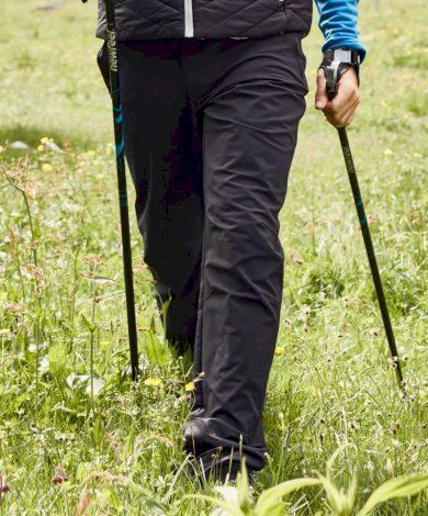 Pánské černé outdoorové nepromokavé kalhoty James & Nicholson