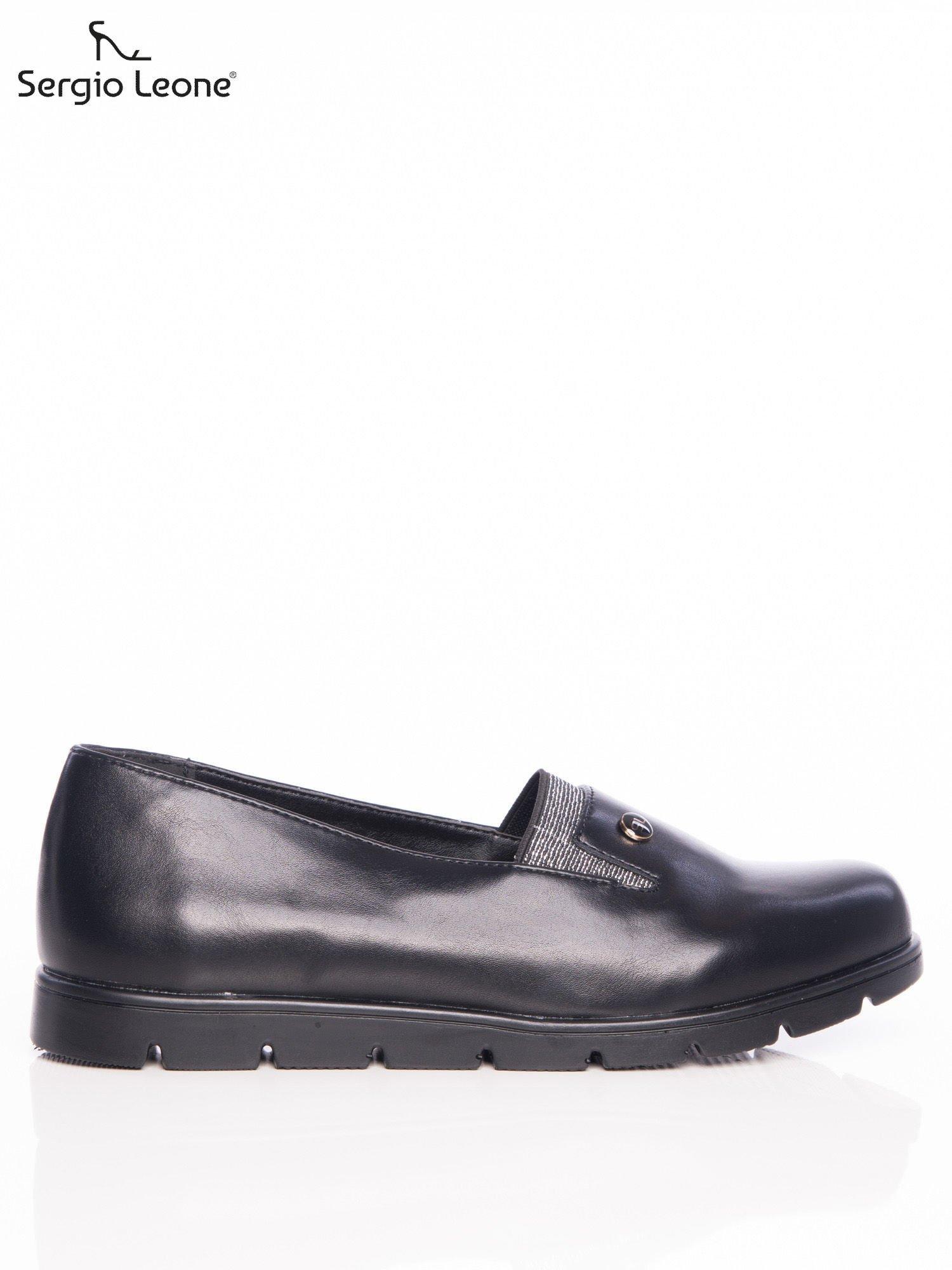 Černé boty Sergio Leone se mírně zvýšily