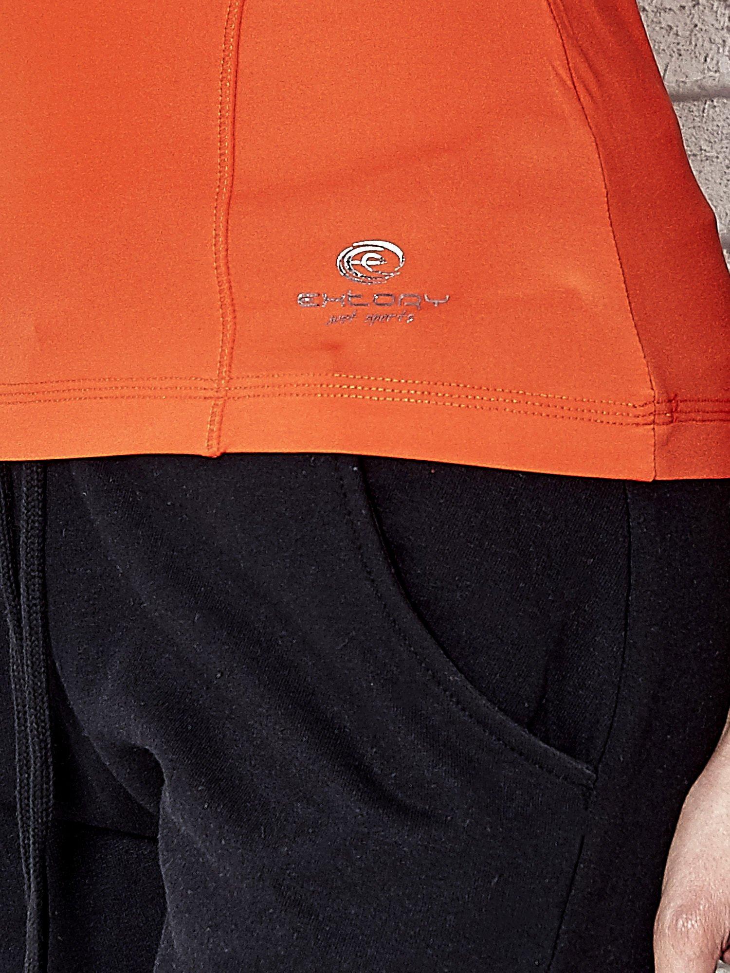 Oranžové termoaktivní dámské sportovní tričko s výstřihem do V