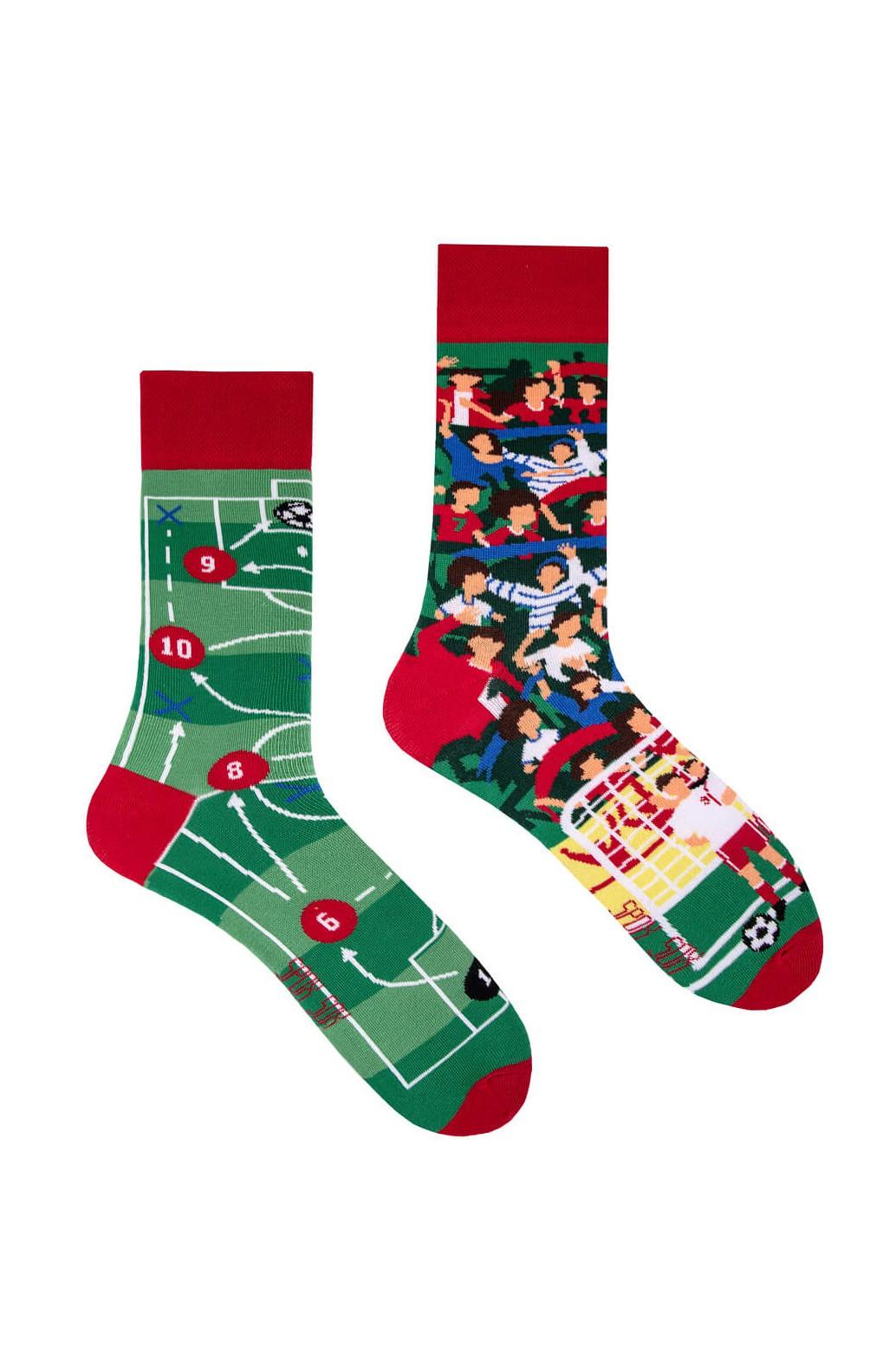 Nepárové ponožky Spox Sox Football 36-46