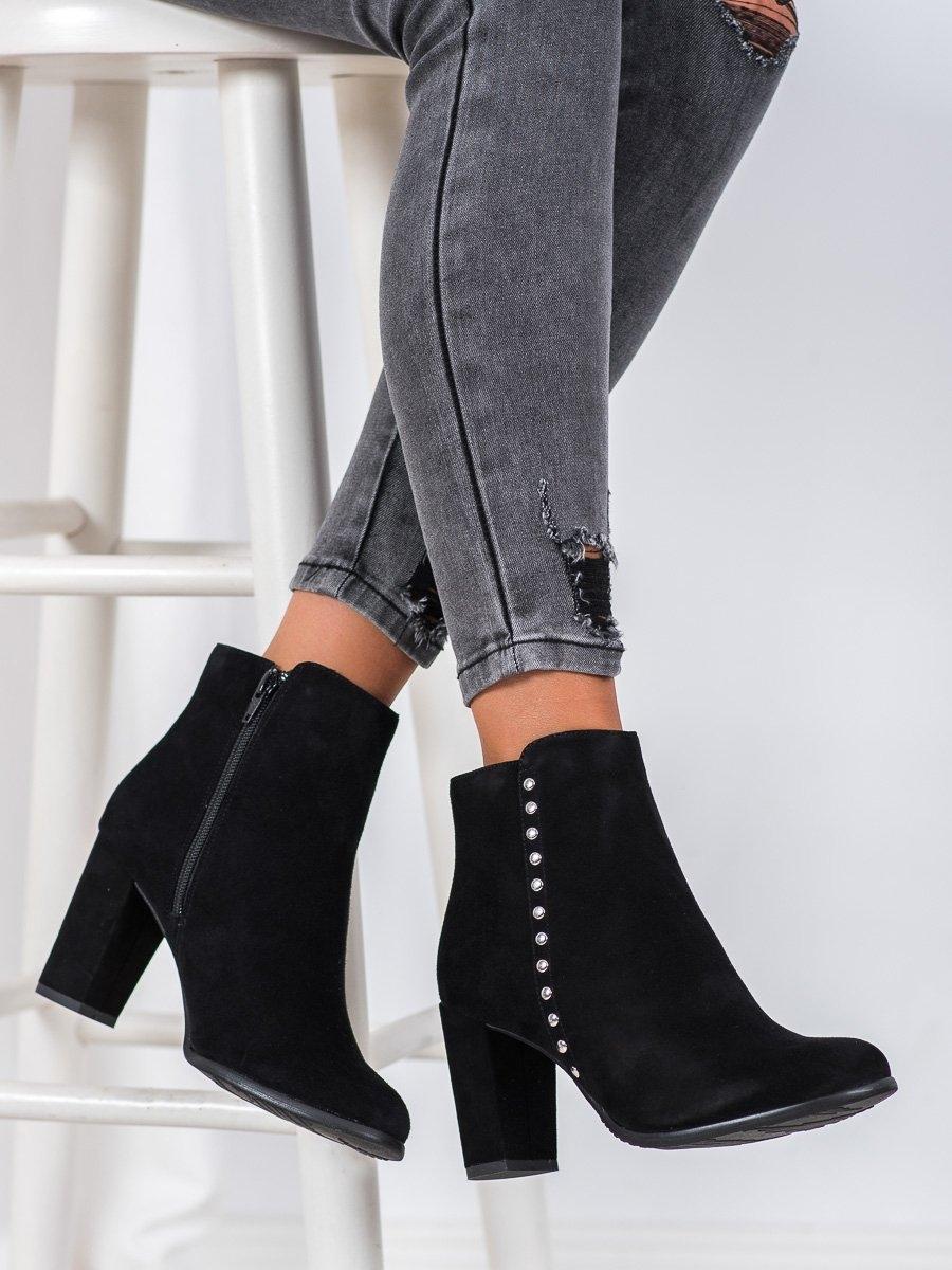 Stylové dámské  kotníčkové boty černé na širokém podpatku