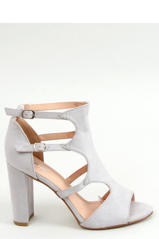 Sandály na podpatku  model 155609 Inello