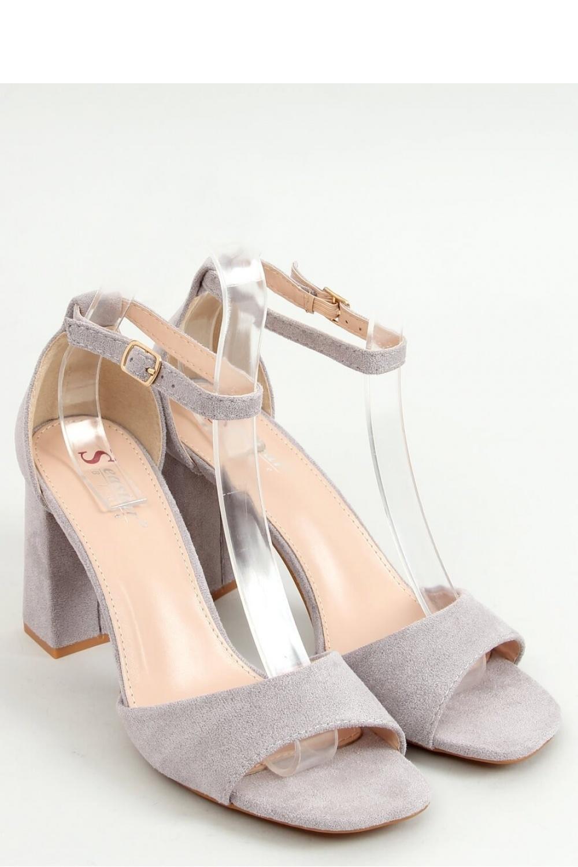 Sandály na podpatku  model 155666 Inello