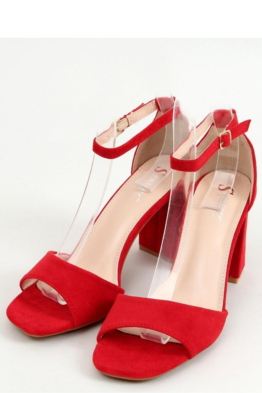 Sandály na podpatku  model 155669 Inello