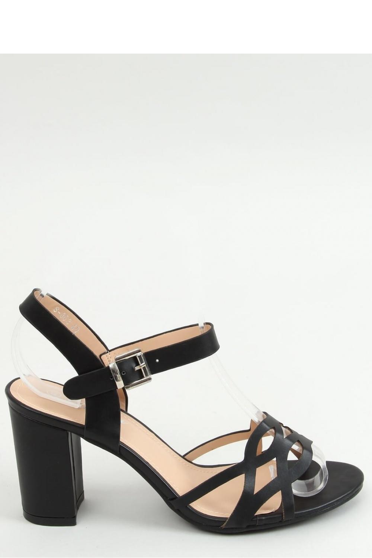 Sandály na podpatku  model 155672 Inello