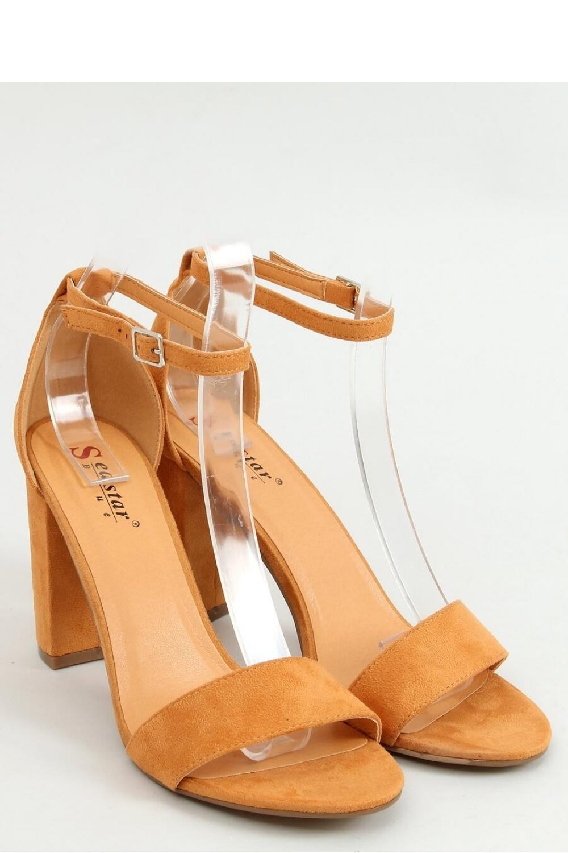 Sandály na podpatku  model 155688 Inello