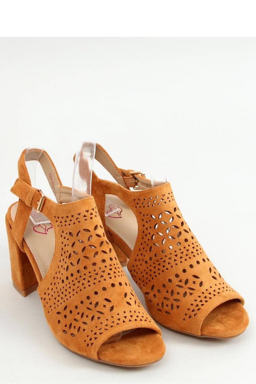 Sandály na podpatku  model 156038 Inello