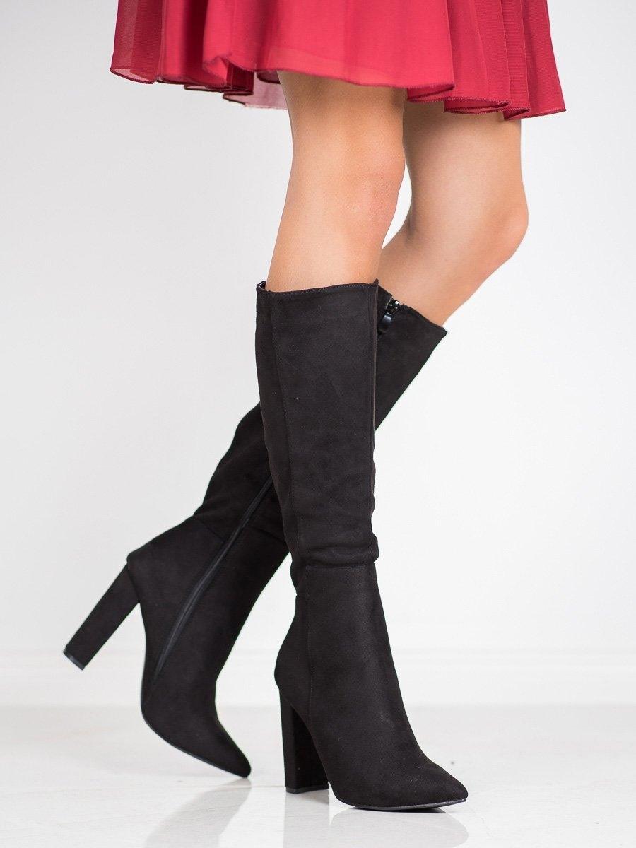 Moderní černé  kozačky dámské na širokém podpatku