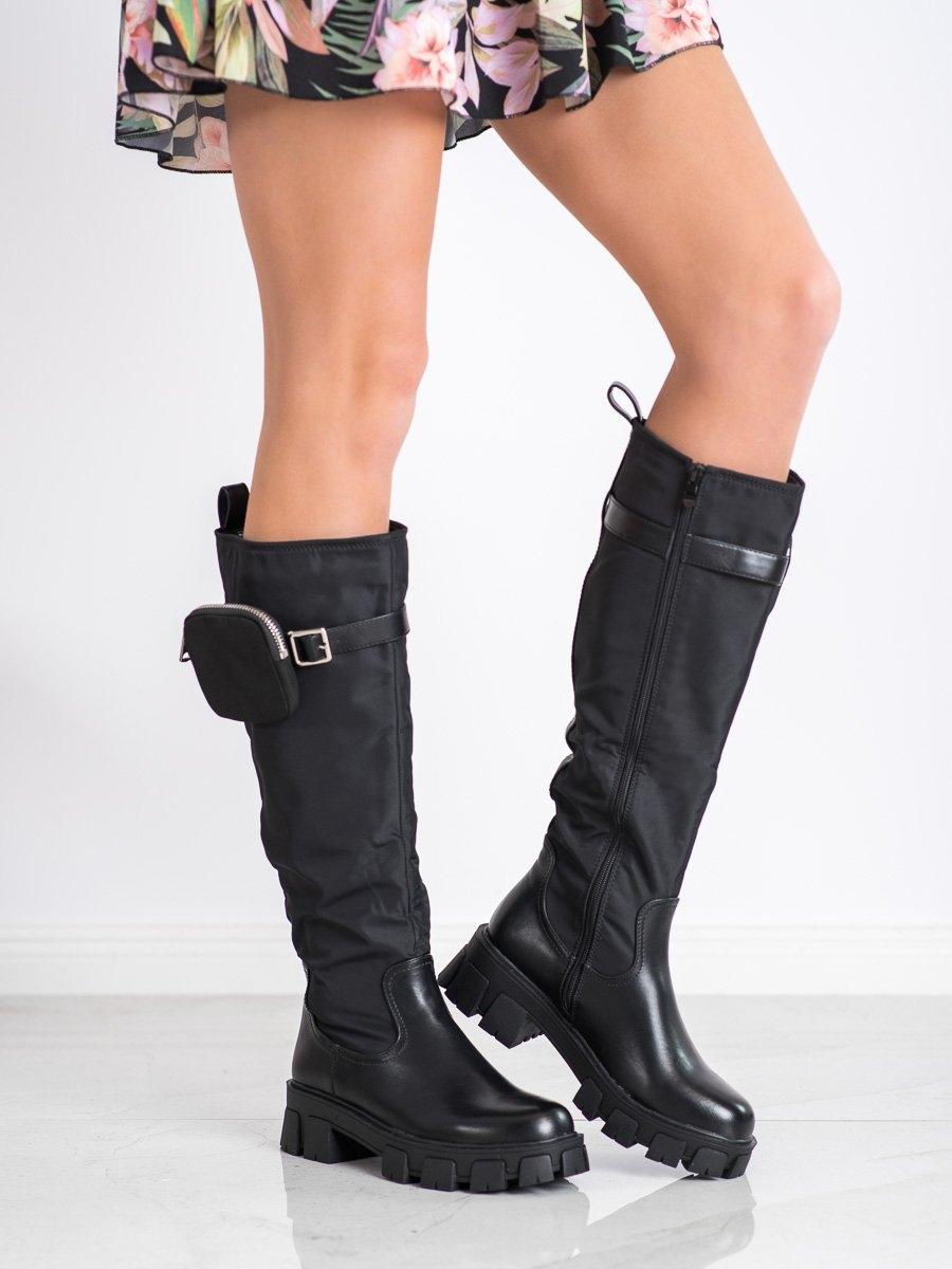 Luxusní černé  kozačky dámské na plochém podpatku