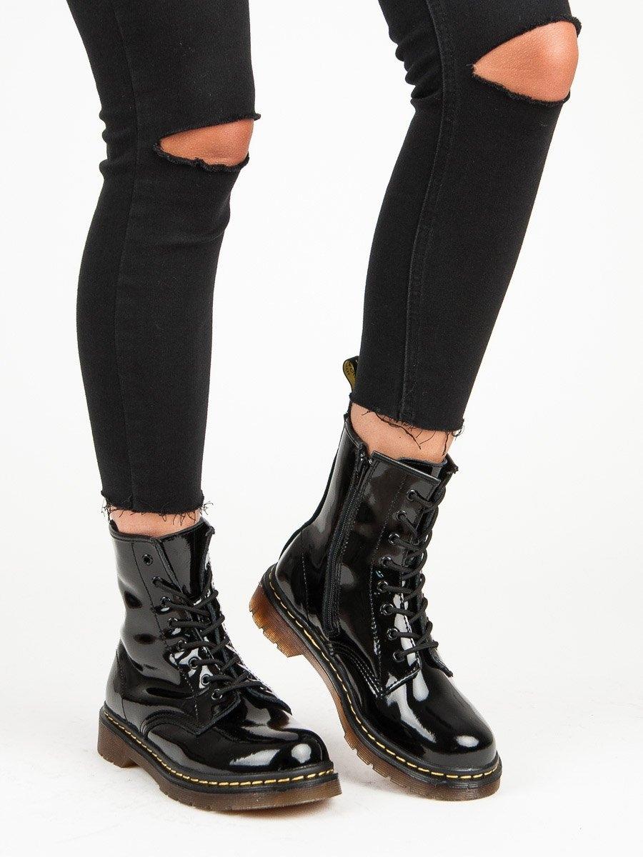 Designové dámské  kotníčkové boty černé na plochém podpatku