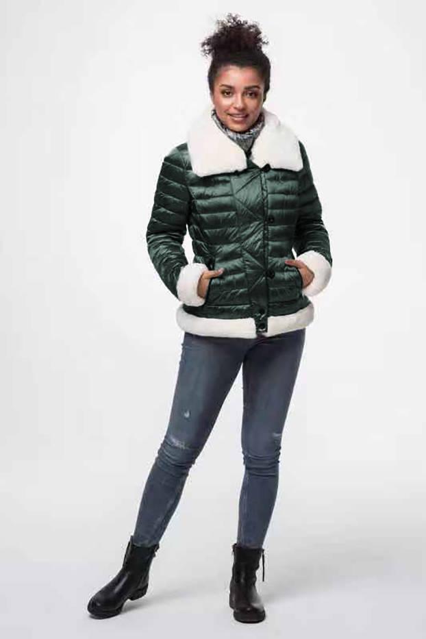 Tmavě zelená dámská bunda s kožešinovým límcem (J9-008)