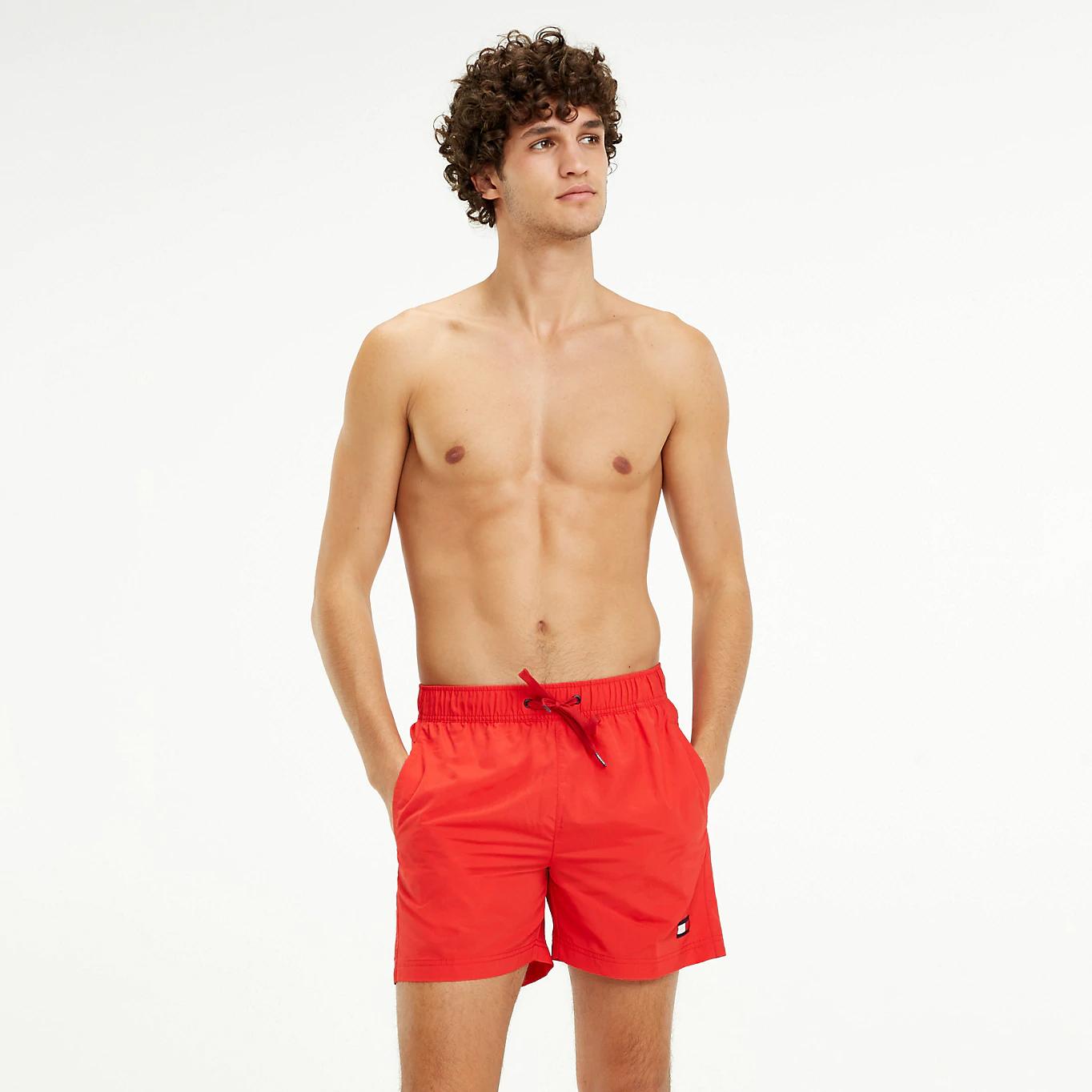 Pánské šortky UM0UM01078-669 červená - Tommy Hilfiger