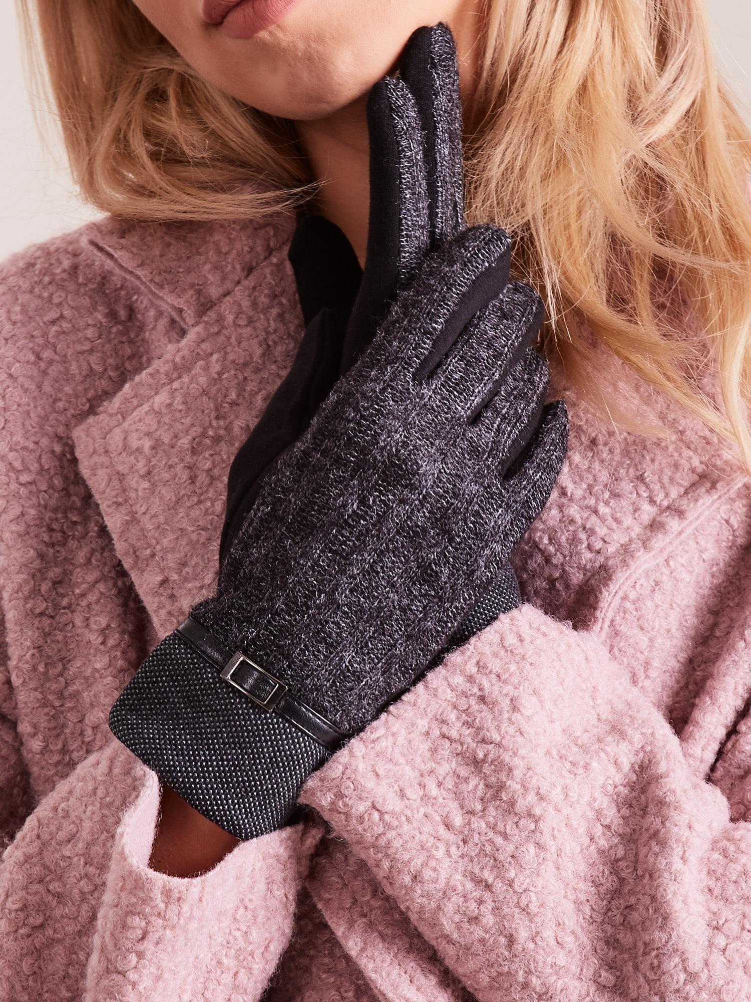 Černé rukavice s pleteným modulem