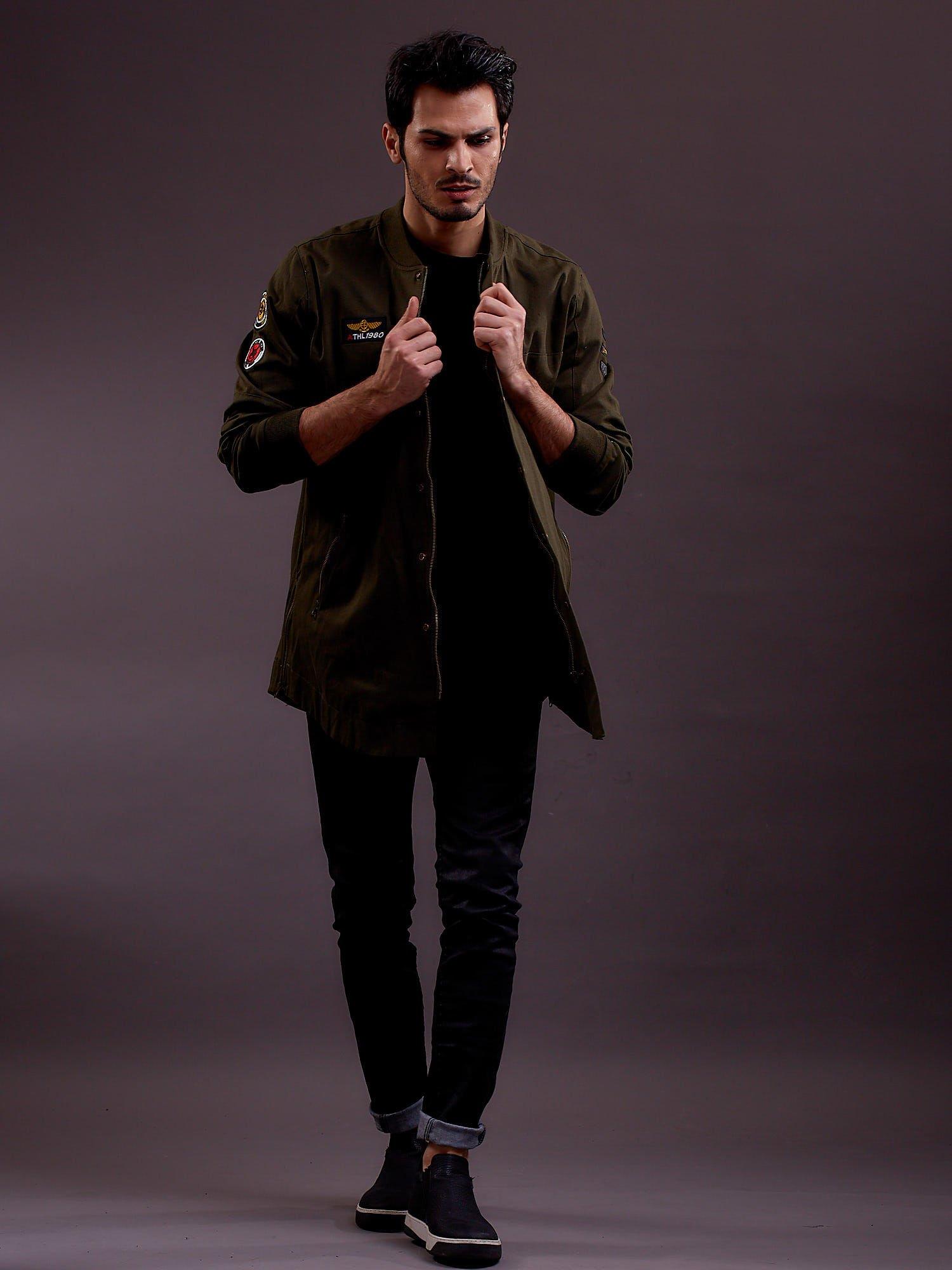Pánská bunda s khaki nášivkami