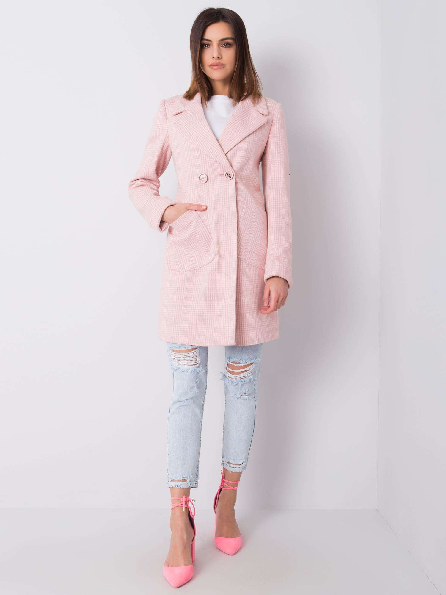 Dámský světle růžový kostkovaný kabát