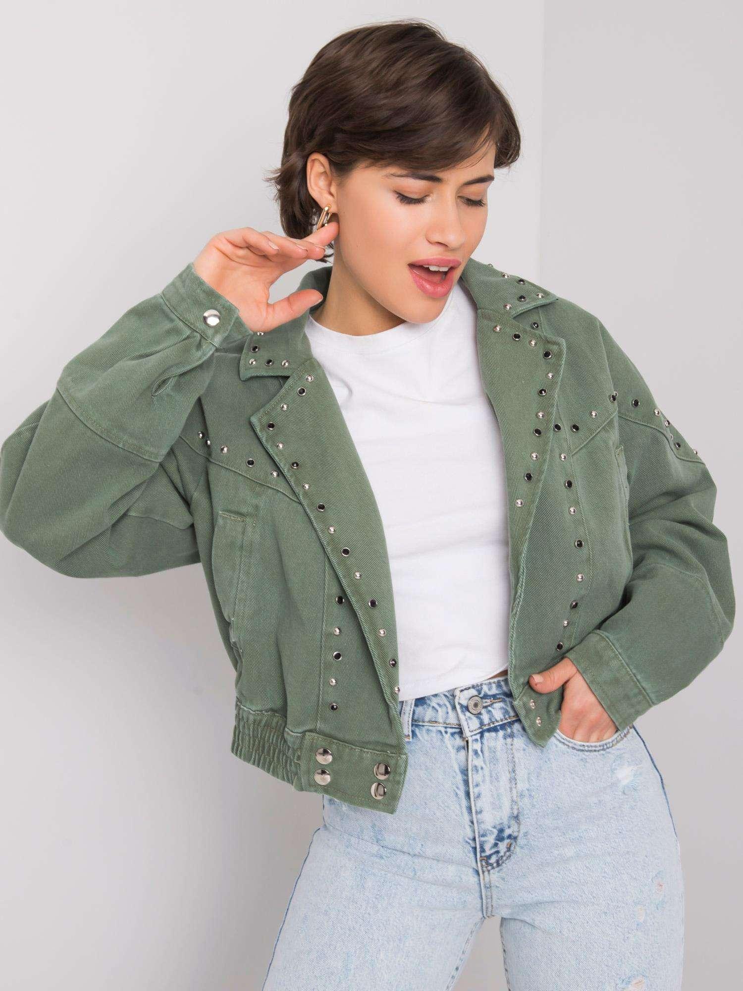 Khaki džínová bunda s nášivkami