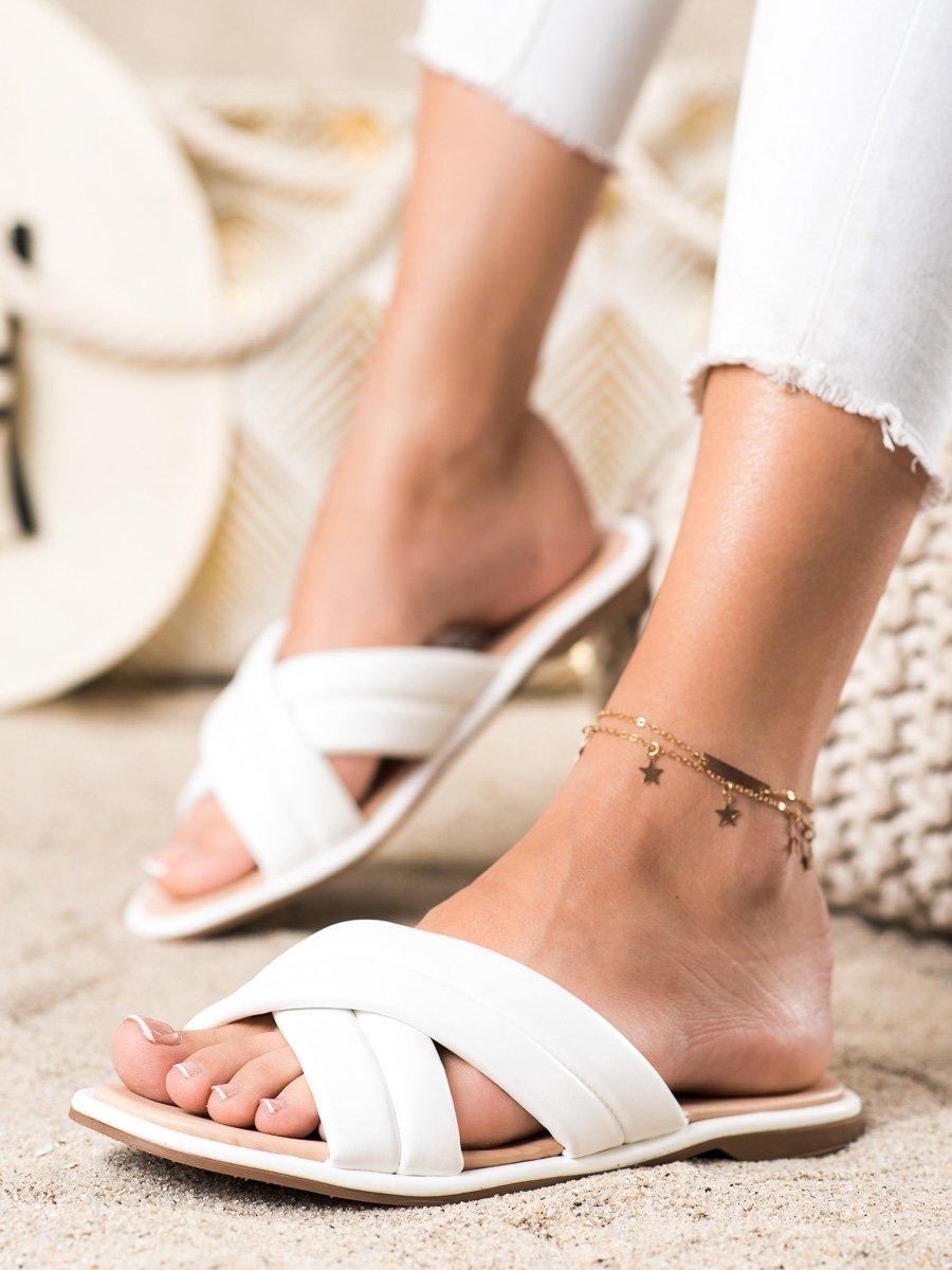 Trendy bílé  nazouváky dámské bez podpatku