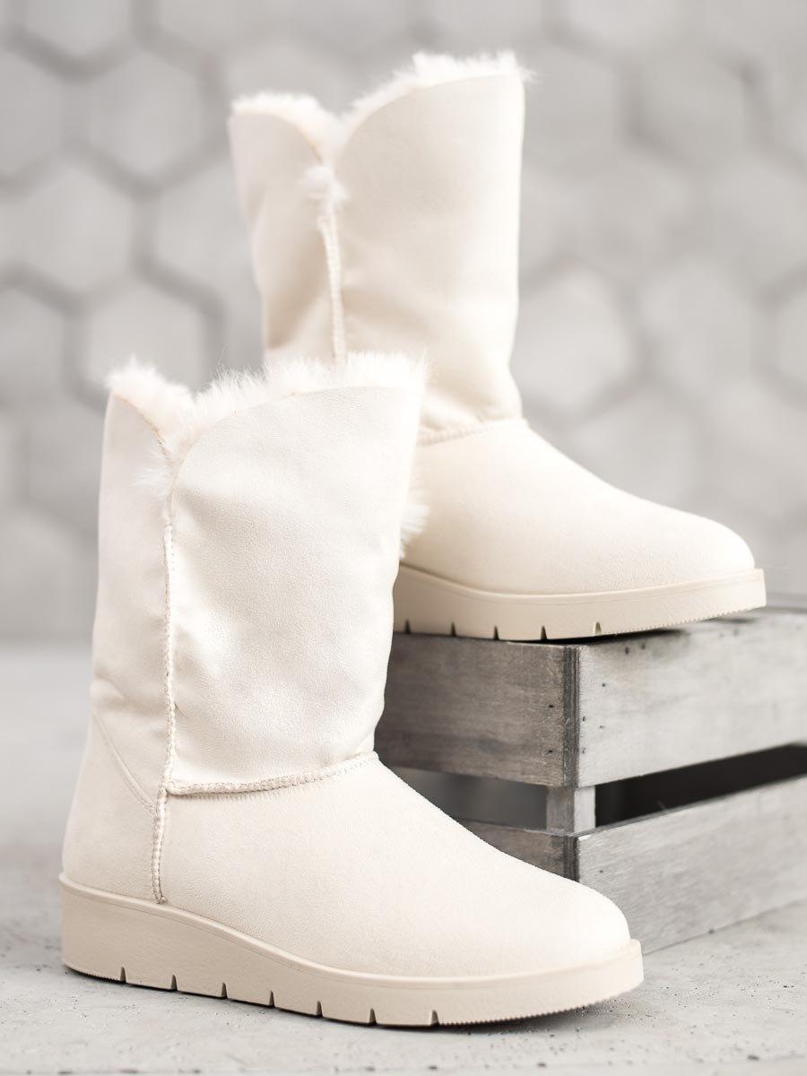 Komfortní bílé dámské  sněhule bez podpatku