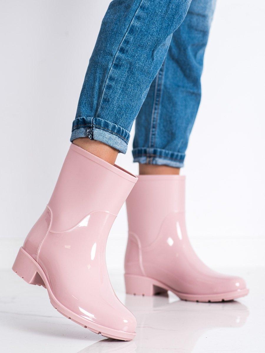 Trendy růžové dámské  gumáky na plochém podpatku