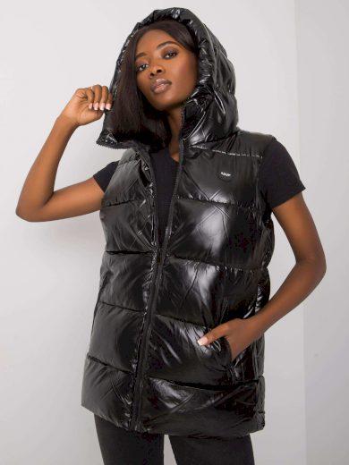 Černá vesta s kapucí