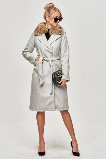 Světle šedý dámský kabát s kožíškem (SASKIA)