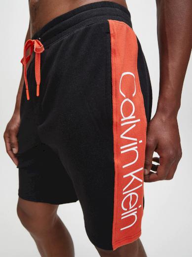 Pánské pyžamové šortky NM1800-001 černočervená - Calvin Klein