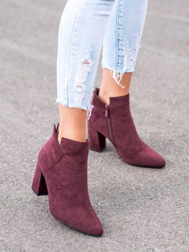 Módní  kotníčkové boty červené dámské na širokém podpatku