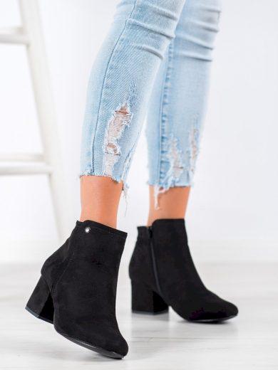 Módní  kotníčkové boty dámské černé na širokém podpatku
