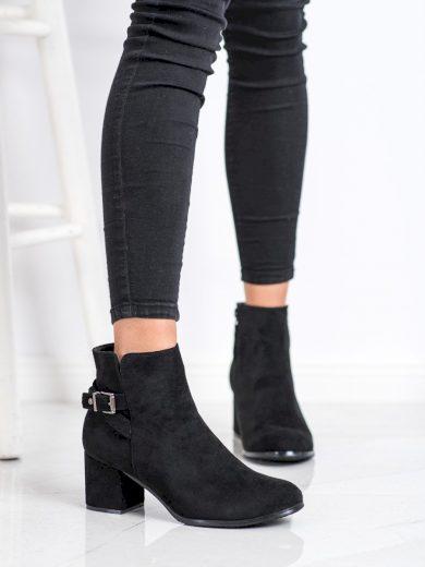 Krásné  kotníčkové boty dámské černé na širokém podpatku
