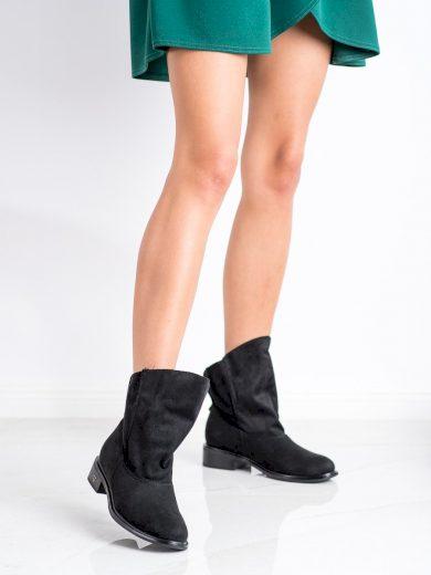 Praktické  kotníčkové boty dámské černé na plochém podpatku