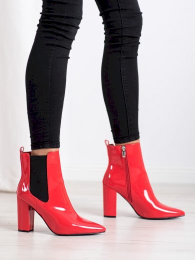 Exkluzívní  kotníčkové boty červené dámské na širokém podpatku