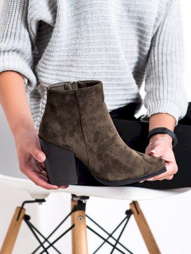 Originální zelené dámské  kotníčkové boty na širokém podpatku