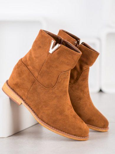 Stylové hnědé dámské  kotníčkové boty na klínku