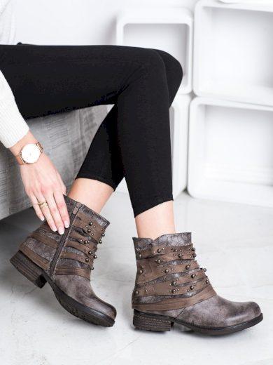 Zajímavé  kotníčkové boty hnědé dámské na plochém podpatku