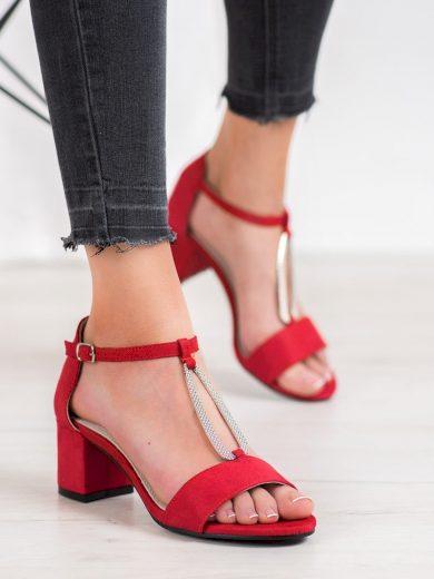Módní  sandály červené dámské na širokém podpatku