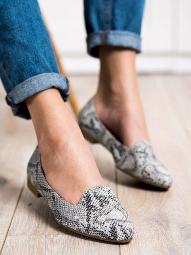 Komfortní se zvířecím motivem  mokasíny dámské bez podpatku