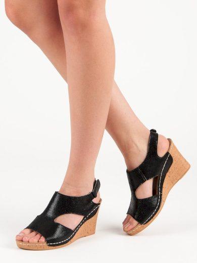 Pohodlné  sandály černé dámské na klínku