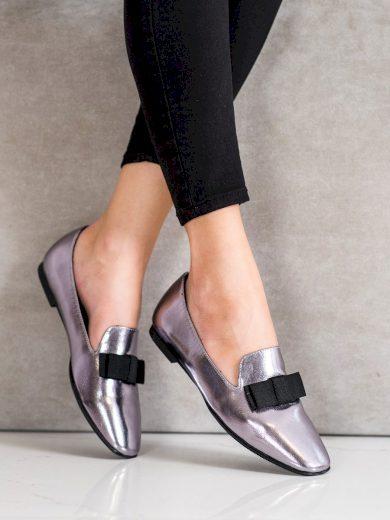 Trendy šedo-stříbrné dámské  mokasíny bez podpatku