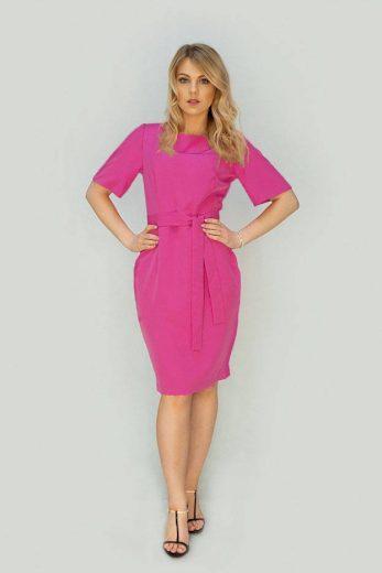 Tužkové šaty v amarantové barvě s páskem (313ART)