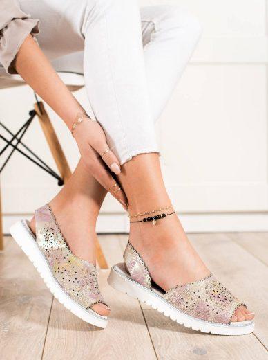 Pěkné vícebarevné dámské  sandály bez podpatku