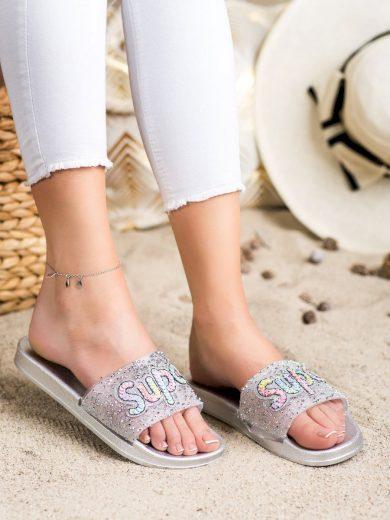 Praktické dámské šedo-stříbrné  nazouváky bez podpatku
