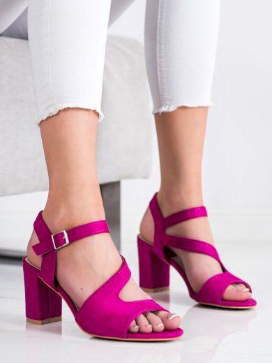 Pěkné růžové  sandály dámské na širokém podpatku